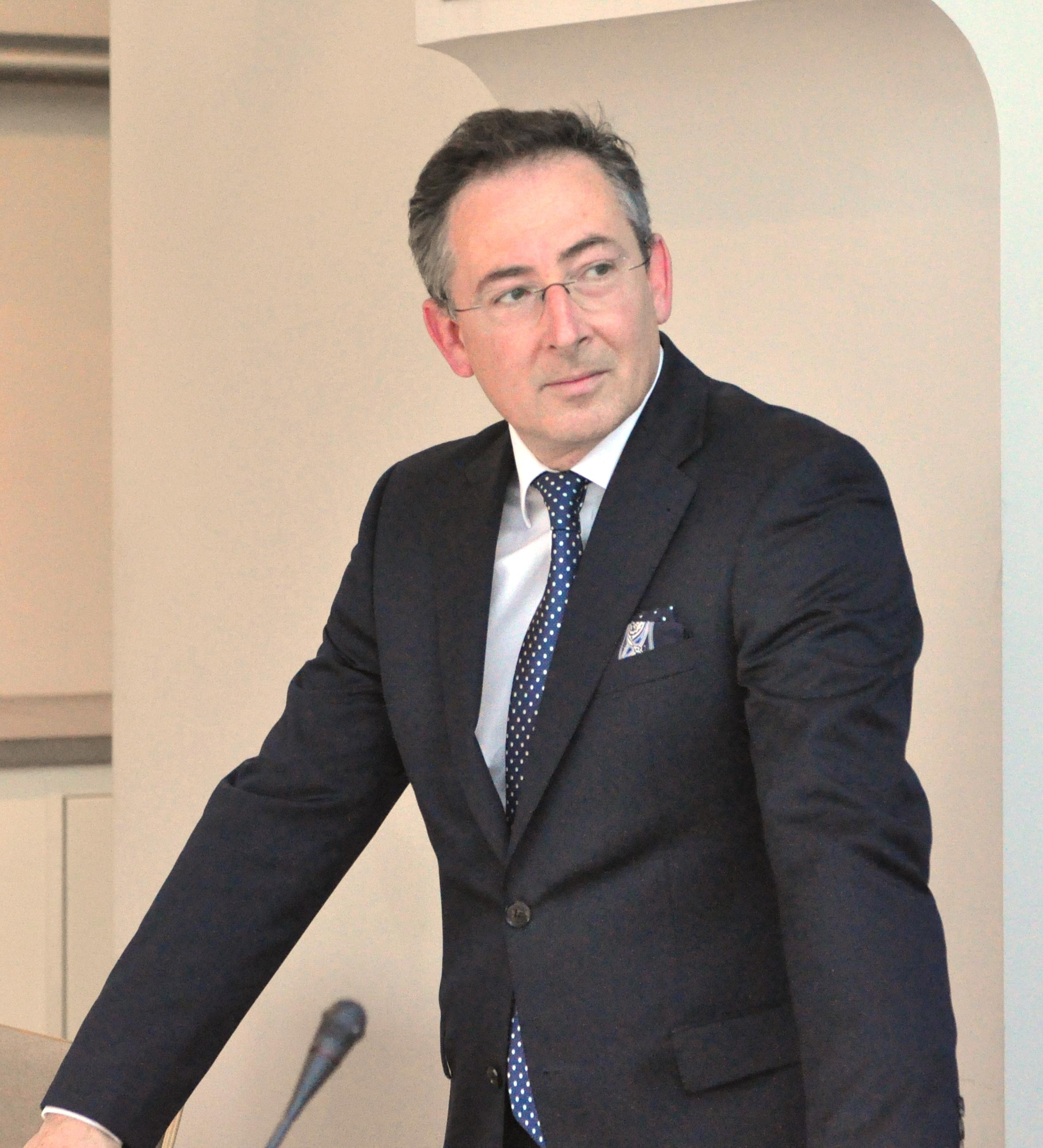 Bartłomiej Sienkiewicz (swego czasu) minister teoretycznego państwa z dużymi możliwościami praktycznymi